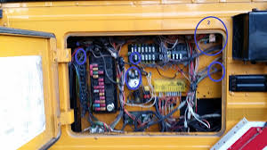 i really need some help with the wiring here!!! school bus Automotive Wiring Diagrams at Wiring Diagram Bluebird Rear Door