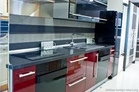 TT103, Modern Red Kitchen Amazing Design