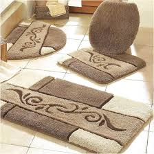 awesome bathroom rug sets interior design in neutral beige color scheme added with retro pattern