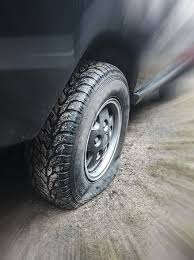 flat tire. Beautiful Flat Top 5 Tips For Avoiding A Car Accident By Flat Tire On