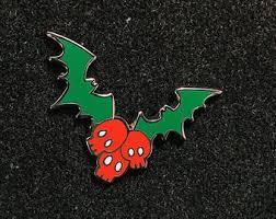<b>Skull wings</b> pin | Etsy
