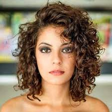 haircuts for um to short curly hair