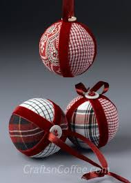 Best 25 Quilted Ornaments Ideas On Pinterest  Quilted Christmas Christmas Fabric Crafts To Make