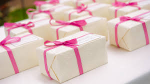 unique diy wedding favors your guests will remember