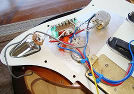 peavey raptor plus modding project peavey forum i also changed the original 022uf capacitor to a big 047uf orange drop from allparts but only wired it for the single coils i excluded the humbucker from