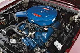 techtips ford small block general data and specifications beginning in the 1966 model year all ford engines were clad in ford corporate blue which was a move to identify them as ford engines this is a 1966 289