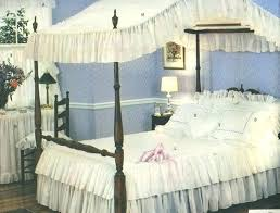 Canopy Bed Bedding Twin Canopy Bed Comforter Sets Full Size Canopy ...