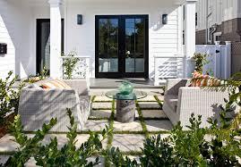 courtyard furniture ideas. Courtyard. Patio Furniture Ideas. White Wicker Furniture. #Patio # Courtyard Ideas