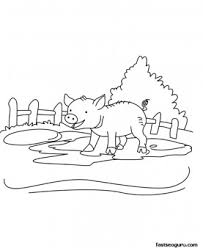 Small Picture Printable Farm animal Baby pig Coloring page for kids Printable