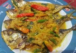 Membuat ikan kembung di rumah bukanlah sesuatu yang mustahil. Resep Ikan Kembung Bumbu Acar Untuk Menu Makan Malam Primaberita