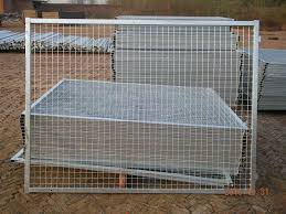 metal fence panels. As A Quite Flexible Fence, Frame Fencing Panels Could Not Only Be Permanent Mesh Wall But Also Temporary Bar Net, Just According To The Holding Mechanisms. Metal Fence