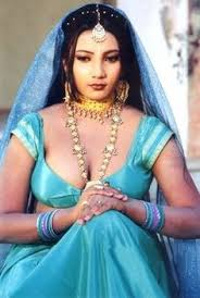 Desi indian cute aunty navel hot hd wallpapers photos. Hot Indian Saree Cleavage Page 40 Of 56 Unusual Attractions
