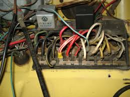 72 vw fuse box wiring diagrams best 72 vw fuse box wiring library vw passat fuse layout 72 super beetle fuse box wiring