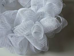 winter diy mesh wreath darice 15