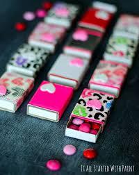 valentine s day macaron gift box