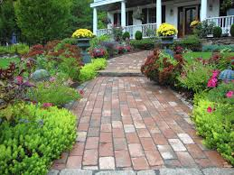 Fall Landscaping Cool Days Bargains Make Fall Ideal Time For Yard Projects