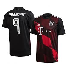 It shows all personal information about the players, including age, nationality. Robert Lewandowski Bayern Munich Jersey Third Short Sleeve