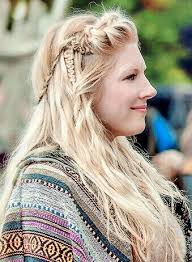 Lagertha New Hairstyle Mix Different Types Of Braids To Get This