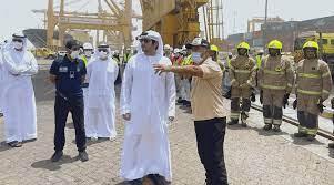 مكتوم بن محمد بن راشد يتفقد ميناء جبل علي أخرى