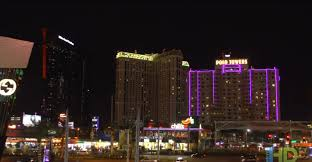 Polo Towers Las Vegas 2 Bedroom Suite Interval International Resort Directory Polo Towers Suites And