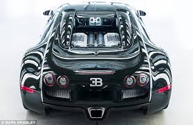 what engine does a bugatti veyron have cars gallery why the 1 35 million euros bugatti veyron is the fastest car in