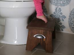 where at least one of the main users of this bathroom needs the extra height boost this stool is an easy