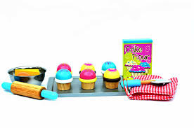 Bloomby Kalias Sweet Cupcake Pretend Play Wooden Set by | eBeanstalk