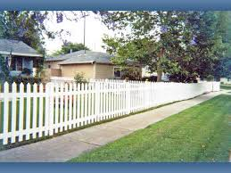 vinyl picket fence front yard. Vinyl Picket Fencing Without \u201cswoops\u201d Is Another Attractive Front-yard Option. Fence Front Yard H