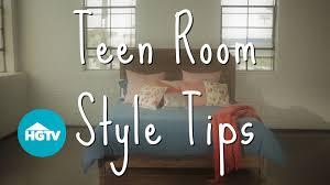 How to Decorate a Teen Girls\u0027 Bedroom Video | HGTV