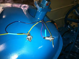 the fordson tractor pages forum • view topic fordson super major the black blue wire is always connected the outside of the lamp holder so it must be negative the best solution of the problem is buy some new wires