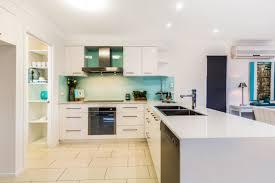Splashback White Kitchen Contemporary Kitchen Contemporary Kitchen Design Ideas Cabinets
