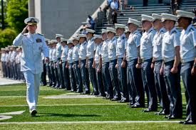 defense gov news article mullen new army officers should be  mullen new army officers should be iers statesmen