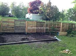 pallet fence projects pallet garden fence ideas for wood pallet fences pallet wood projects pallet garden