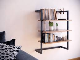 wall bookcase in metal and wood step