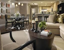 Arredamento salotto grande : Arredamento soggiorno idee: sedie soggiorno pelle decorare piccolo