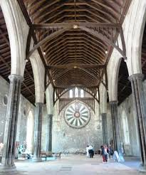 things to do in winchester england visit king arthur s round table