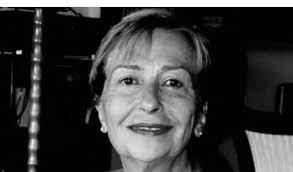Ünlü Edebiyatçı, Emine Işınsu hayatını kaybetti haberi - FinansGündem.com