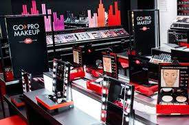 the new joins five existing u s make up for ever boutiques and the new york city pro studio a special downtown manhattan boutique targeting