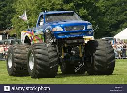 bigfoot monster truck trucks suv ford pickup pick up car ...