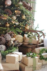Rustic Christmas Decorations Best 25 Natural Christmas Ideas On Pinterest Natural Christmas