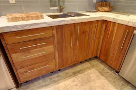 how to build kitchen cabinets wood