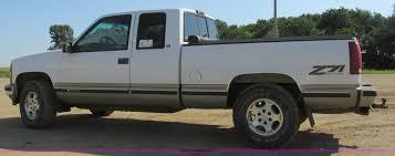 1998 Chevrolet Silverado 1500 Z71 Ext. Cab pickup truck   It...