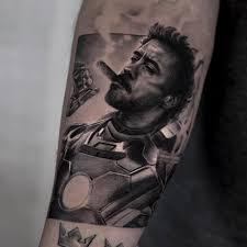 невероятно реалистичные чёрно белые татуировки айнала берсекова 17