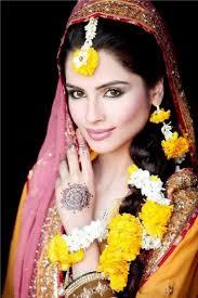 stani bridal makeup for mehndi function 001