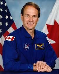 Patch astronaute  Images?q=tbn:ANd9GcTe0x4b26fzwNx24uwfHbxPKYV_uA7fGw3OW9xgWCfvWbHKwEz3