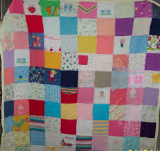 Patchwork quilt made from old baby clothes - I'm so going to make ... & Patchwork quilt made from old baby clothes - I'm so going to make one Adamdwight.com