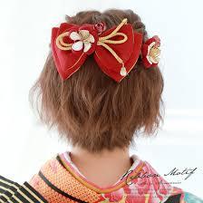 袴の髪型はハーフアップで編み込みリボンなどアレンジまとめ