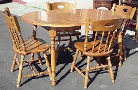 Farmhouse Table Early American Top With Distressed Ivory Base - Early american dining room furniture