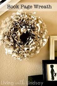 book page wreath foam wreath paperback novel brown and or gray craft paint glue gun glue sticks small strip of ribbon a few paper towels a few