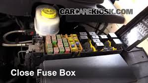 replace a fuse 2007 2009 chrysler aspen 2008 chrysler aspen 6 replace cover secure the cover and test component